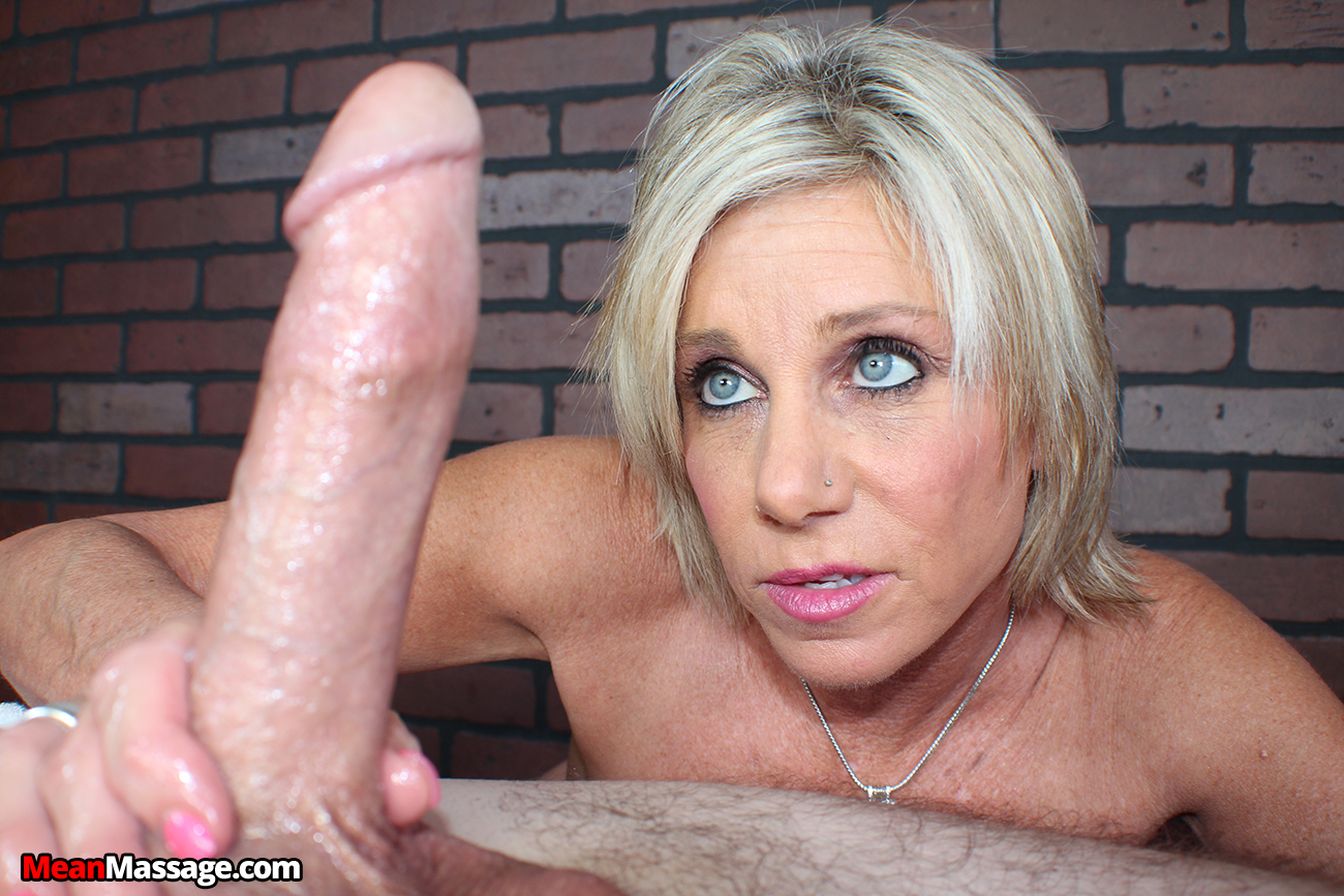 Blonde milf experienced rough sex 5