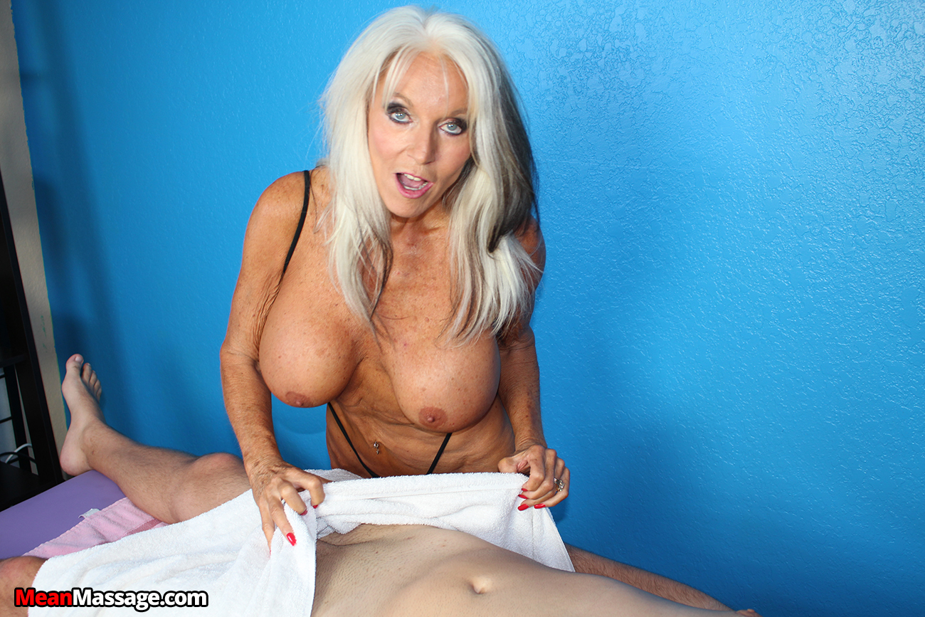 Mature masseuse sally dangelo wildly wanking cock - 3 part 8