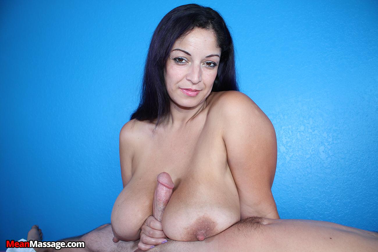 Raquel Raxxx tit fuck