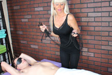 Hot Blonde Milf Kasey Giving Her Customer A Mean Happy Ending - Picture 5