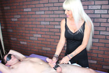 Hot Blonde Milf Kasey Giving Her Customer A Mean Happy Ending - Picture 10