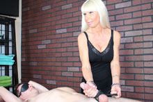 Hot Blonde Milf Kasey Giving Her Customer A Mean Happy Ending - Picture 12